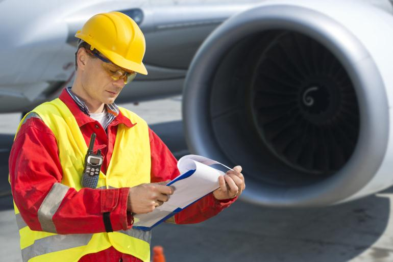 Авиатехник