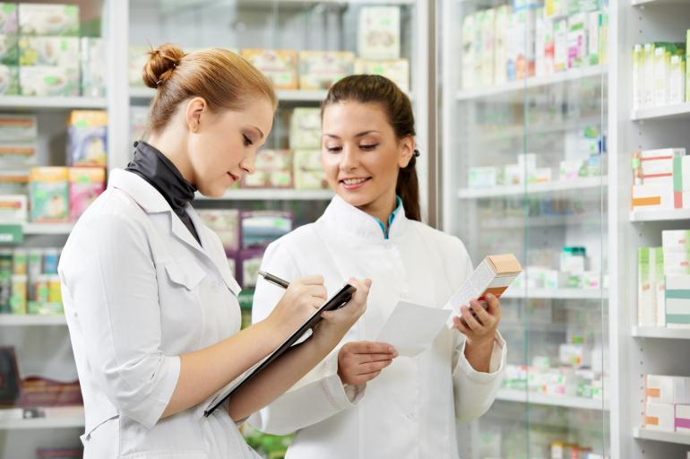 Рабочий аптеки
