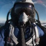 Сколько получает летчик испытатель