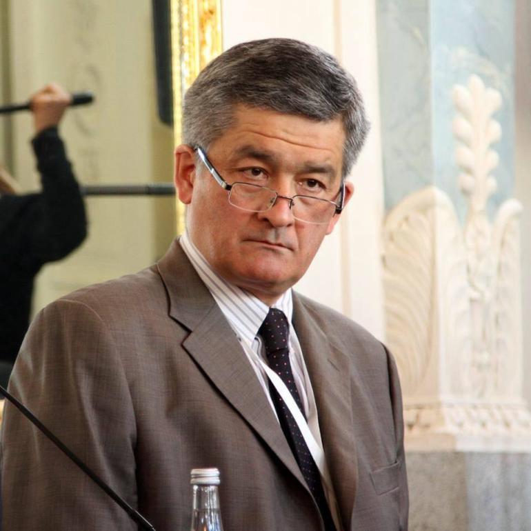Тузмухамедов