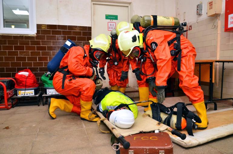 Газоспасатели на тренировке