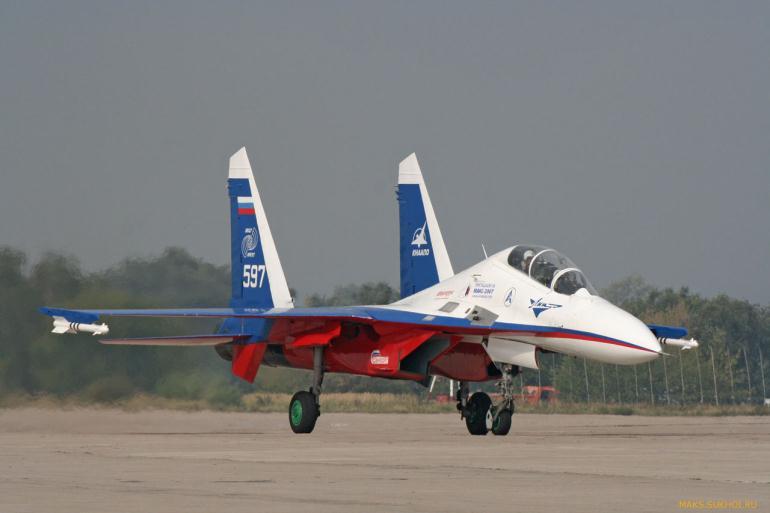 Самолет на испытании