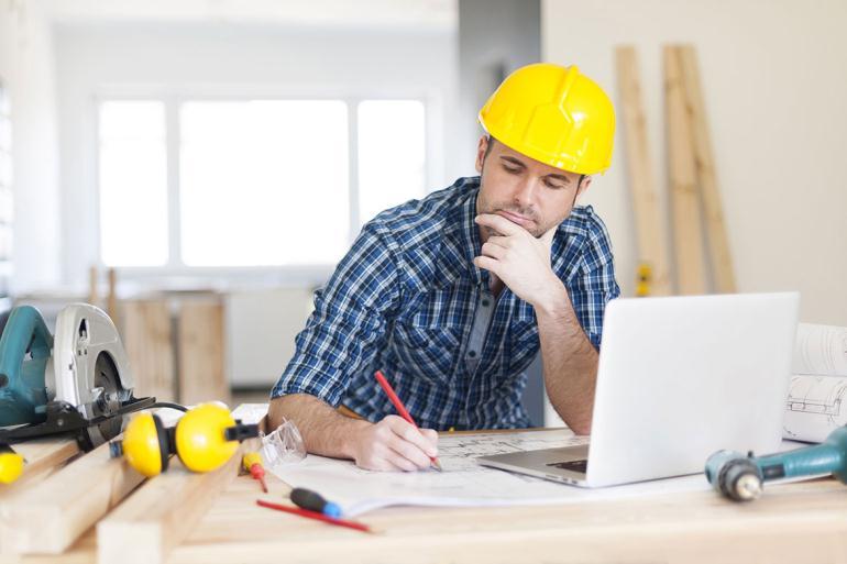 Специалист по строительству