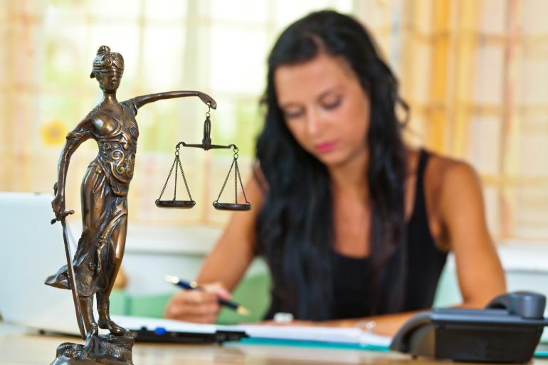 Сколько получает помощник судьи