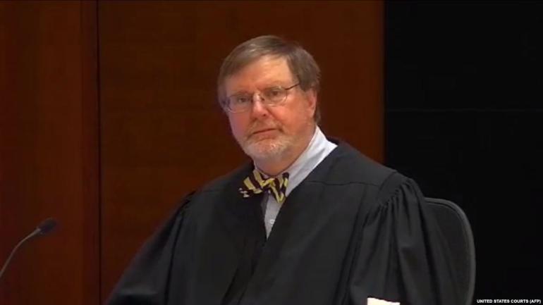Судья в США
