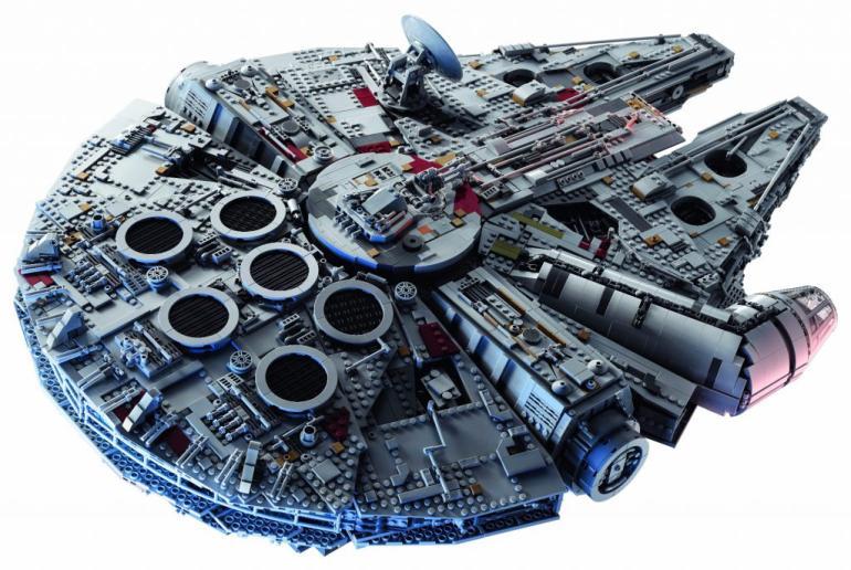 LEGO's 75192 UCS Millennium Falcon