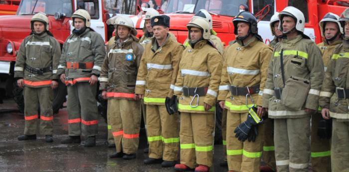 Изображение - Какая зарплата у пожарных pozarniy1