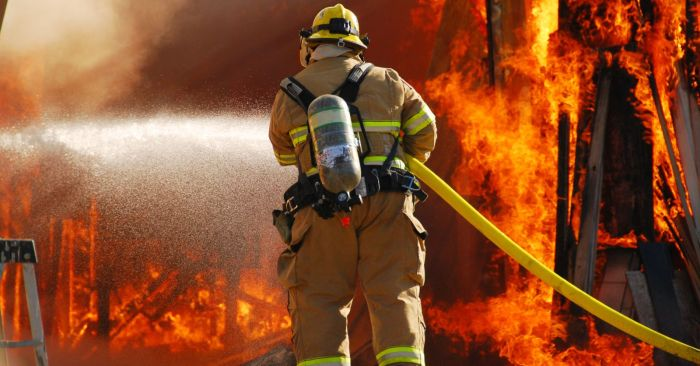 Изображение - Какая зарплата у пожарных pozarniy3