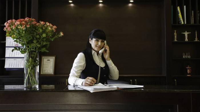Работа для девушек гостиница москва параметры модели девушек