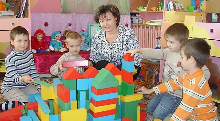 Изображение - Сколько в месяц зарабатывают воспитатели детских садов vospitatel_dou4
