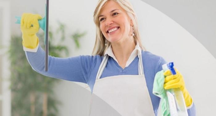Работа девушкам в дом работница приват модели с работы
