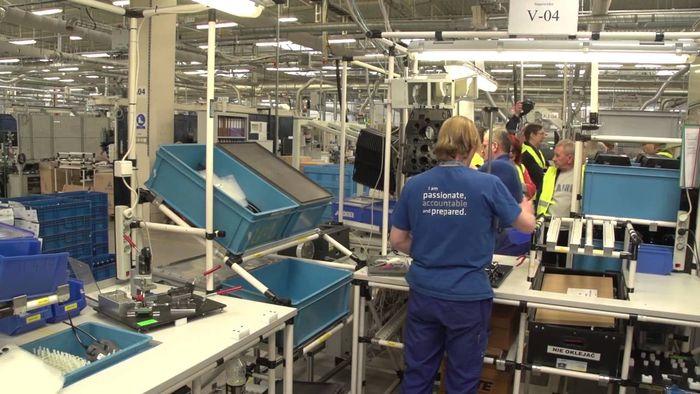 Работа в москве на заводах для девушек работа девушкам в монако